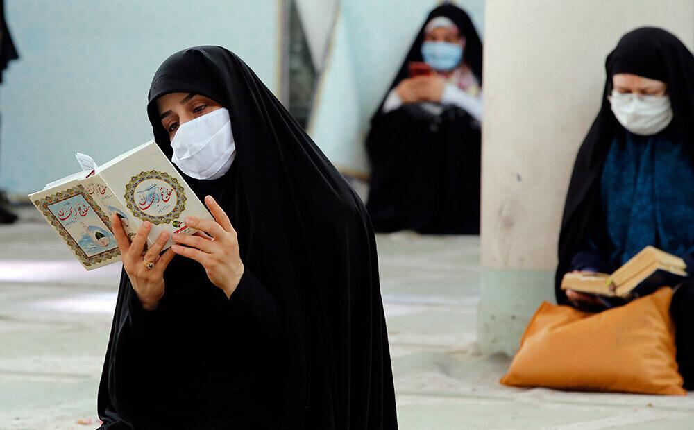 Irānā Covid-19 upuru skaits ir trīsreiz lielāks par oficiāli ziņoto