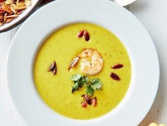Ķirbju zupa ar Taizemes akcentu
