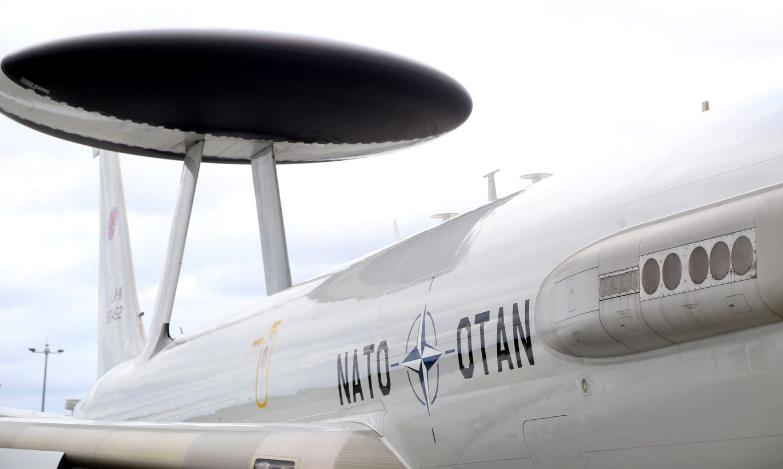 NATO ģenerālis: Krievijas atturēšanai no iebrukuma Baltijā nepieciešami vērienīgi ceļu, tiltu infrastruktūrā, kā arī..