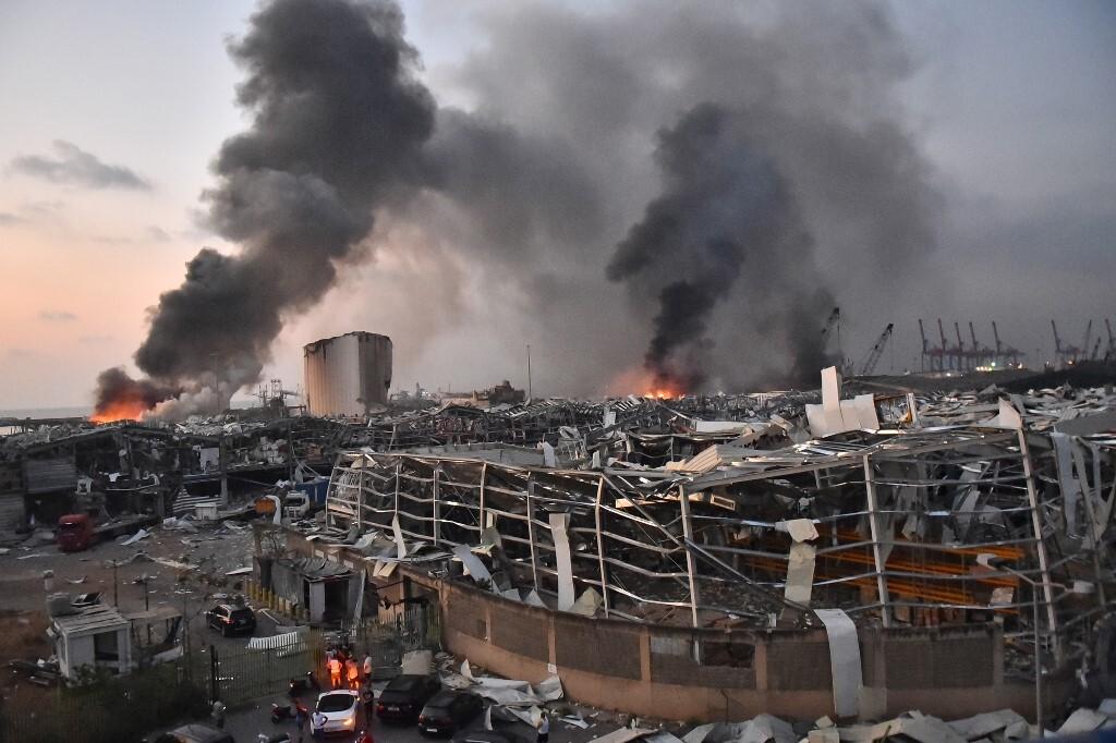 Video: Spēcīgs sprādziens Libānas galvaspilsētā Beirutā, vairāk nekā 70 bojāgājušo un simtiem ievainoto
